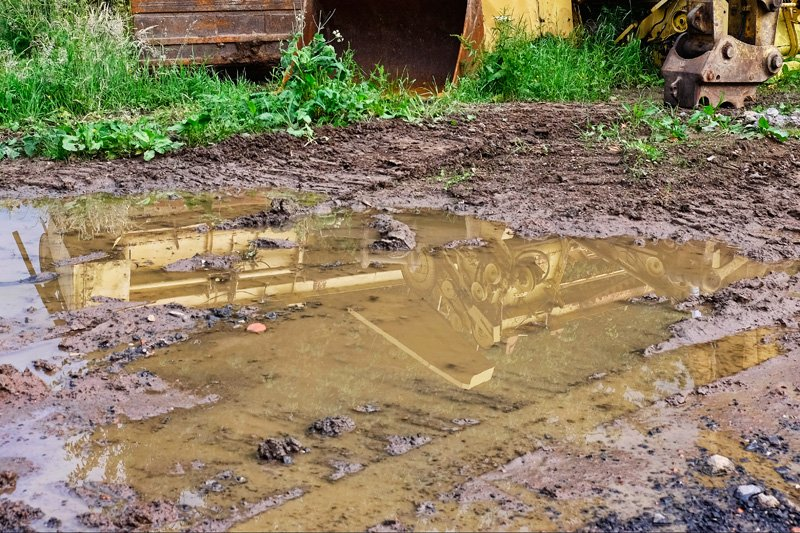 'Tractor Puddle (3)' by Gerry Simpson ADPS LRPS