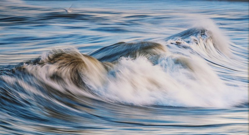 'Waves' by Jane Coltman CPAGB